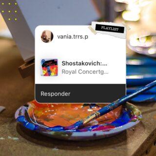 ¿¿Se acuerdan de que en nuestras stories armaron su evento #PaintbarMexico ideal, con música y todo?? Pues sus elecciones musicales nos gustaron tanto que decidimos crear una playlist con ellas, de nosotros para ustedes 💛🤗 Esperamos que la escuchen y la canten demasiado, les dejamos el link en nuestra bio 🎶👆🏽 Spoiler alert: el mix no pudo ser mejor, cuenténnos sus sorpresas más grandes al escucharla 😂